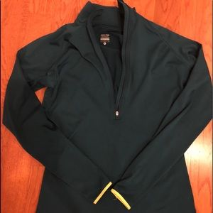 Nike Pro pullover size Large